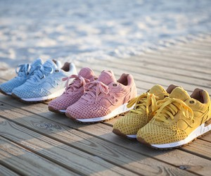 "PLAY CLOTHS X SAUCONY ""COTTON CANDY"" PACK RELEASE"