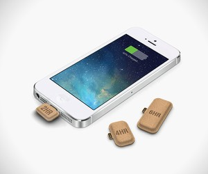 Rechargeable Cardboard Mini Batteries
