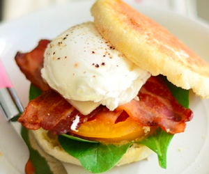 Poached Egg Sandwich with Bacon and Tomatoes