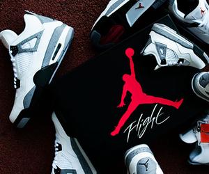 Air Jordan 'IV Retro' Cement