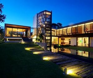 Dalvey Estate by Aamer Architects