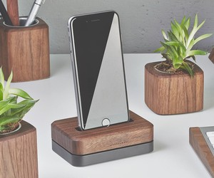 Best iPhone Charging Docks