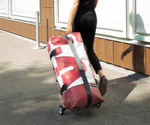 Zippelin Inflatable Travel Bag by Freitag