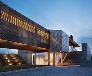 Genius Loci Residence by Bates Masi Architects