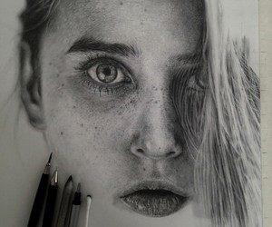 Hyperrealistic Pencil Drawings By Monica Lee