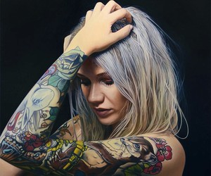 Hyperrealistic Paintings Of Tattooed Girls