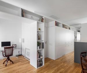 Filipe Melo Oliveira refurbishes 46 sqm apartment