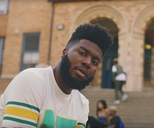 "Khalid - ""Young, Dumb & Broke"" (Video)"