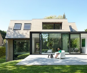 Flemish Villa renovated by Martens + Brunet