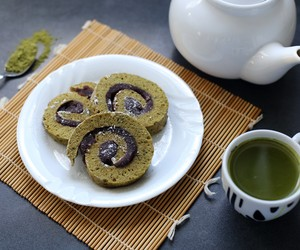 Matcha and Adzuki Bean Roll Cake