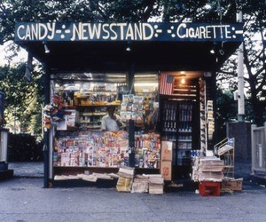 Photos of Mid-'90s New Yorker Newsstands