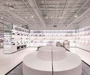 Nike house of Innovation 000 Flagship Store in NYC