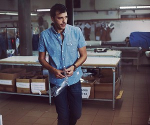 OLOW Spring/Summer 2015 Collection and Documentary