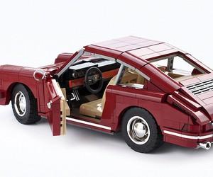 """""""Porsche 911 2.0 Coupé"""" Made of LEGO"""