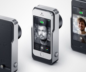 Relonch Will Turn iPhones Into Fancy Cameras