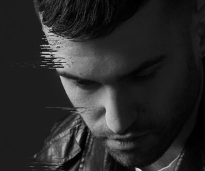 http://lyfstylmusic.com/listen-a-trak-we-all-fall-