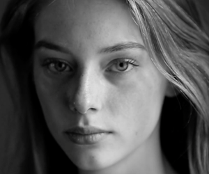 Video Portrait: Lauren De Graff by Luc Braquet