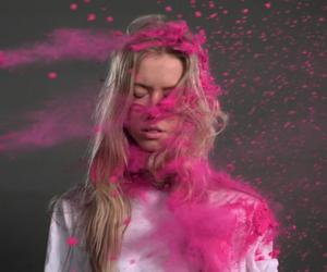 Colored Powder Fight