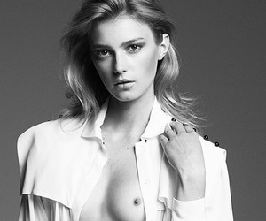 Sigrid Agren by Ward Ivan Rafik for Viva! Moda