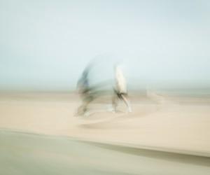 Gabriel Adda Captures Disoriented Motion