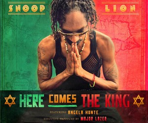 Snoop Lion - Here Comes The King (ft Angela Hunte)
