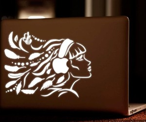 Uncovermac Backlight Designs for MacBook