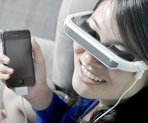 Virtual Digital Video Glasses For iDevices