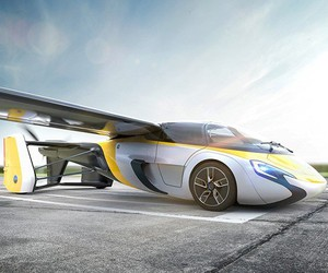 AeroMobil - a car learns to fly