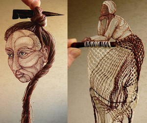 Ágnes Herczeg weaves murals of thread and wood