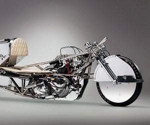 A R & Design convert a triumph into a race machine