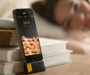 Bacon Scented iPhone Alarm Clock