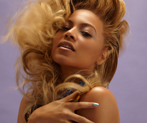 """Stream Beyoncé's New Album """"Lemonade"""""""