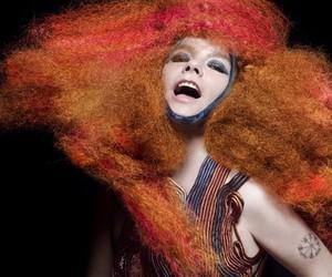 """Björk's """"Biophilia"""" App"""