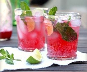Blackberry Spritzers and a Mojito