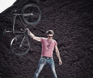 BlackBraid, The Under 11 Pounds Bike