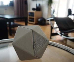 WHUDAT testing the BoomBoom Design Speaker