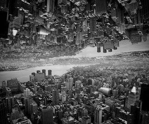 Kaleidoscopic Inception-Like Views of NYC by Brad