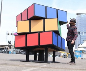 Kyle Toth builds a huge magic cube