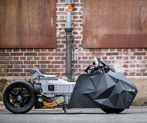 Rolf Reick Customizes BMW Motorrad's C evolution