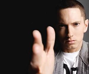 "Eminem - ""Survival"" (Video)"