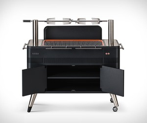 Everdure Hub Charcoal BBQ
