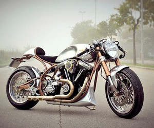 FMW Motorcycles transforms a Harley-Davidson