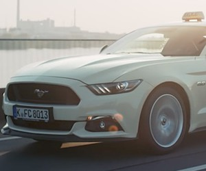 Das Ford Mustang Taxi ist unterwegs!