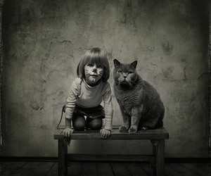 Adorable Photos of a Girl and Her Cat