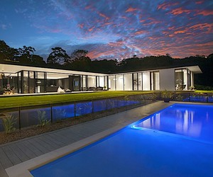 Living Worlds in Glass House, Australia