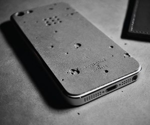 Luna Concrete Skin for the iPhone