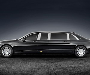 Mercedes-Maybach Pullman Guard Limo