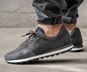 Nike Air Pegasus 83 Leather