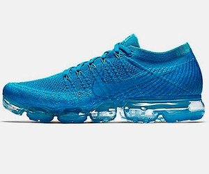 Light blue version of Air VaporMax