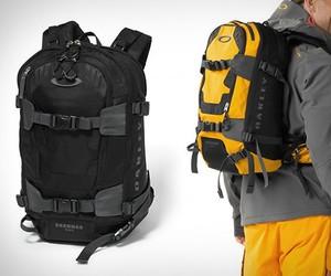 Oakley Snowmad RAS Backpack